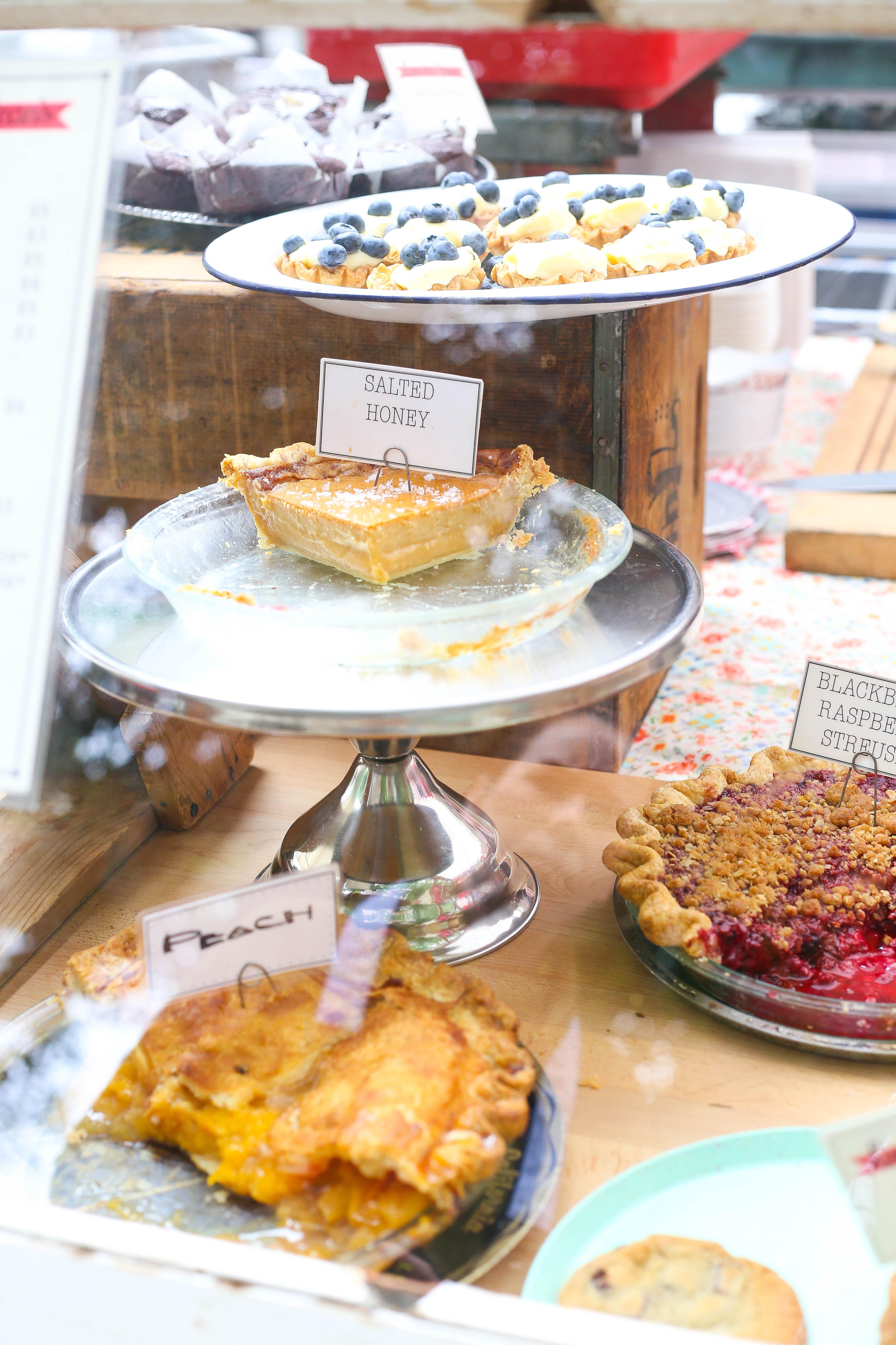 portlant-dessert-farmers-market-loretta-jean2