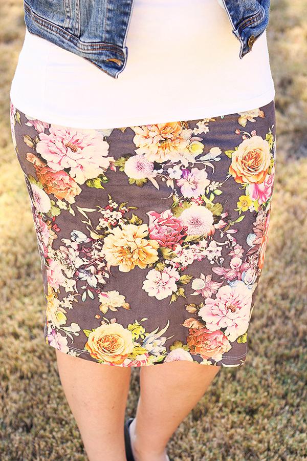 Elle Faux Suede Skirt by Le Lis