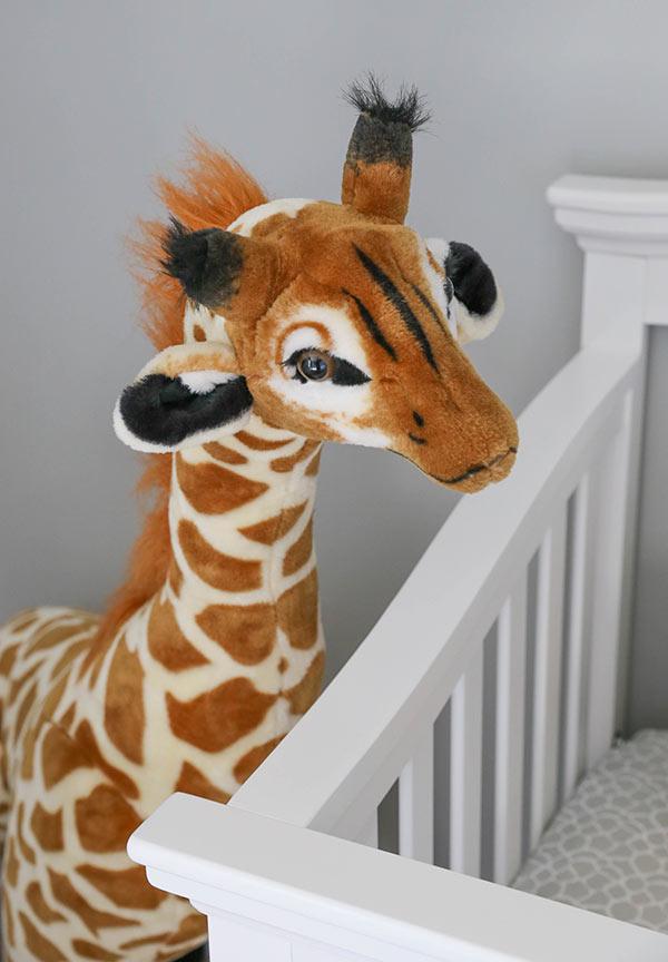 stuffed animal giraffe